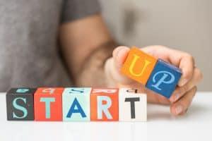 Las-3-mejores-formas-de-presentar-tu-startup-y-obtener-feedback-1030x687